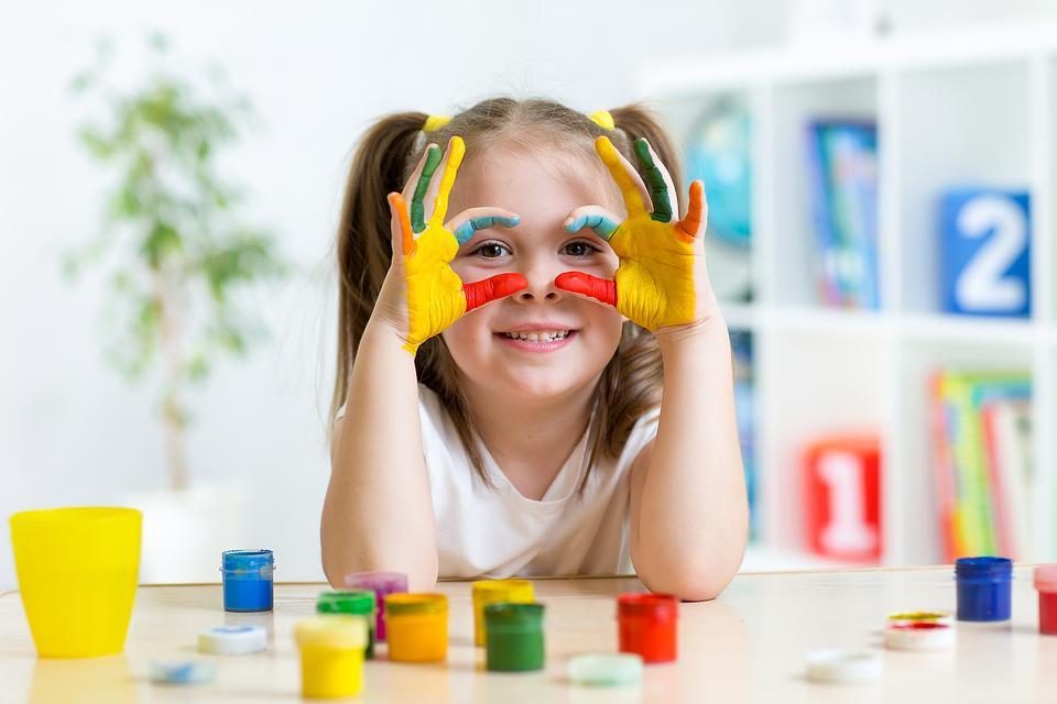 Sensory Play: 4 Neuro-diverse Sensory Activities Any Kid Will Enjoy