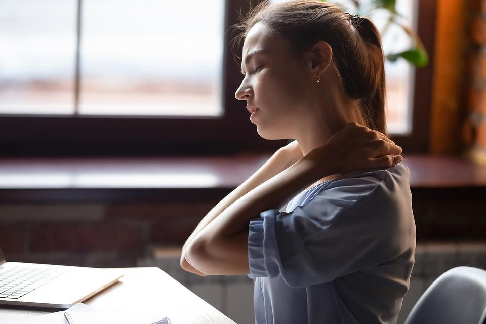 Shedding Light on Chronic Pain: 6 Things Everyone Should Know About Living With Chronic Pain