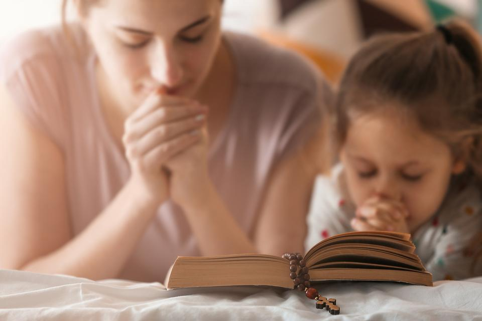 Single Parenting & Faith: Single Mom & Dad, Who Are You Leaning On?