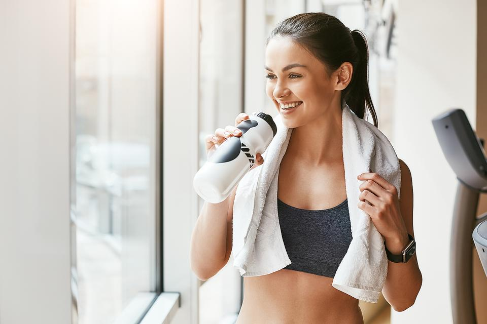 Skin-Care Tips for Gym Rats: 12 Ways to Keep Your Skin Acne Free While You Get Fit