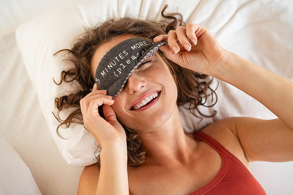 Sleep Awareness Month: 5 Holistic Ways to Get a Better Night's Sleep