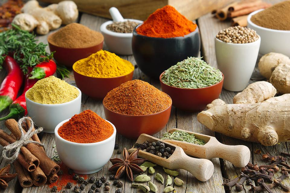Essential Spices for Flavorful Cooking: Over 80 Spices Recommended By Foodies & Chefs to Put on Your Shopping List