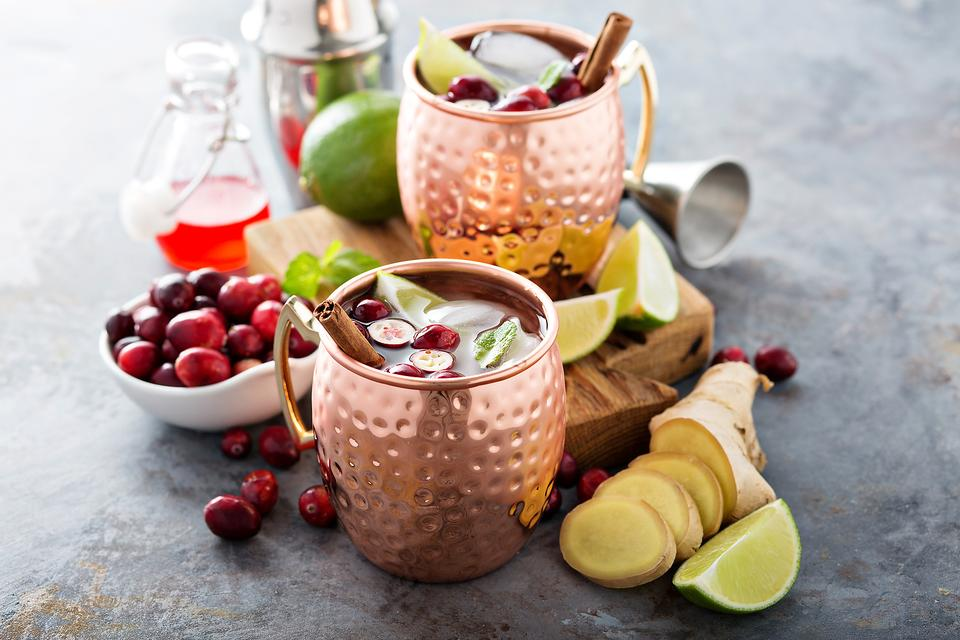 Spirited Holiday Cocktails: How to Make a Merry Moscow Mule!