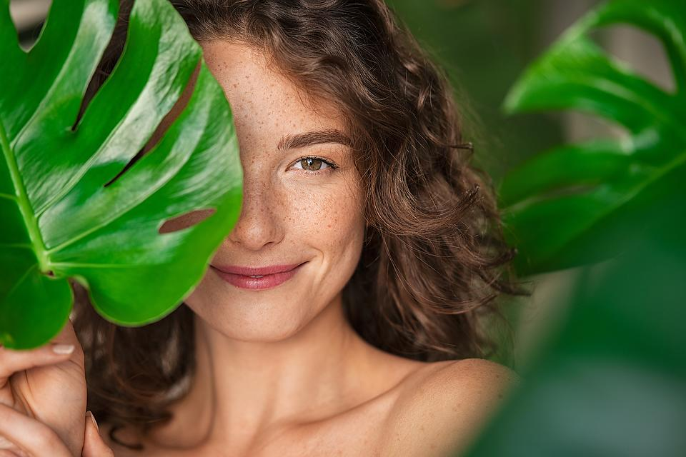 """Spring Skin Care Is in the Air: How to """"Unwinterize"""" Your Dry Winter Skin"""