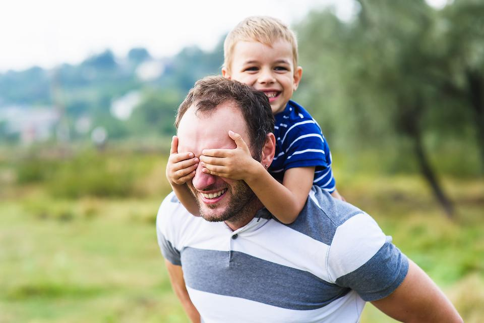 Stay-at-Home Dad Vs. Working Dad: Let's Explore the Advantages & Disadvantages of Both!