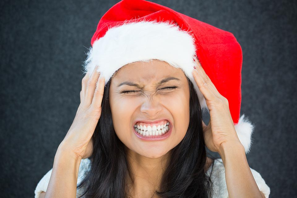 Stress-free Christmas: 4 Tips to Help Deal With Holiday Stress!