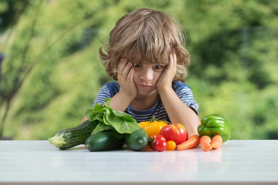 Struggling to Get Your Kids to Eat Their Vegetables? It May Be Time for Negotiations!