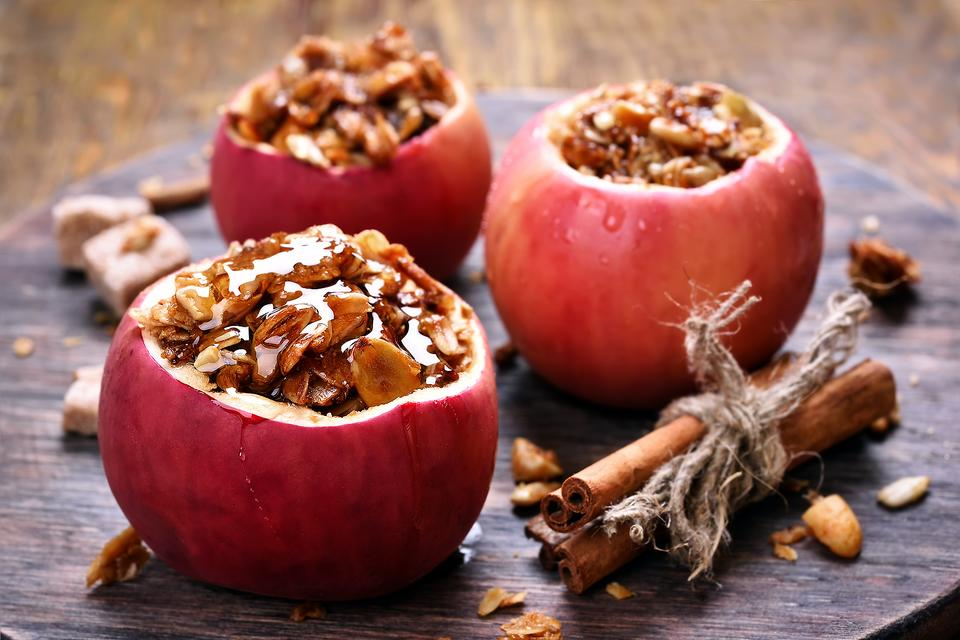 Stuffed Apples: A Healthy & Portable Snack for Kids! Get the Easy Recipe!
