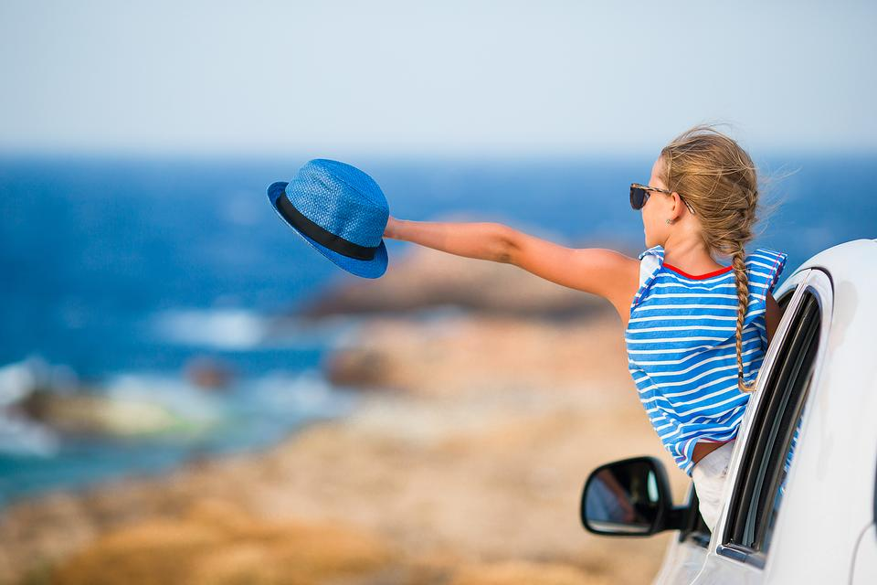 Summer Road Trips With Kids: 5 Ways to Make the Drive Fun for Everyone!