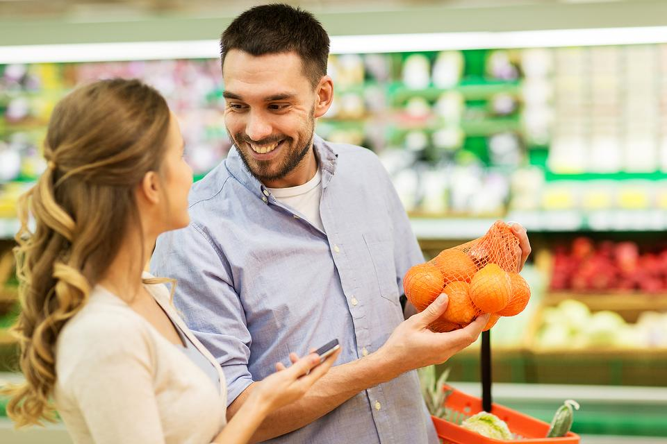 Supermarket Date Night? This Crazy Idea for Couple Time Just Might Work!