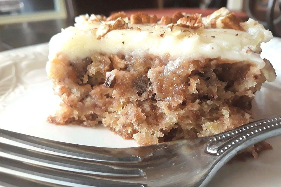 Swedish Pineapple Cake Recipe: This Is the Moistest Cake You'll Ever Put in Your Mouth