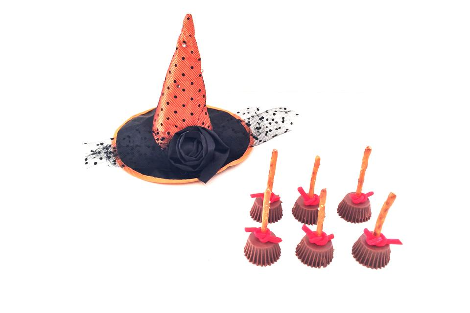 Sweet & Salty Witches Broomstick Treats (Try to Eat Just One)!