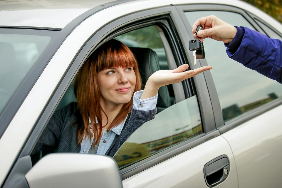 Renting a Car for Vacation? Here's an Important Thing to Do Before You Drive Off!