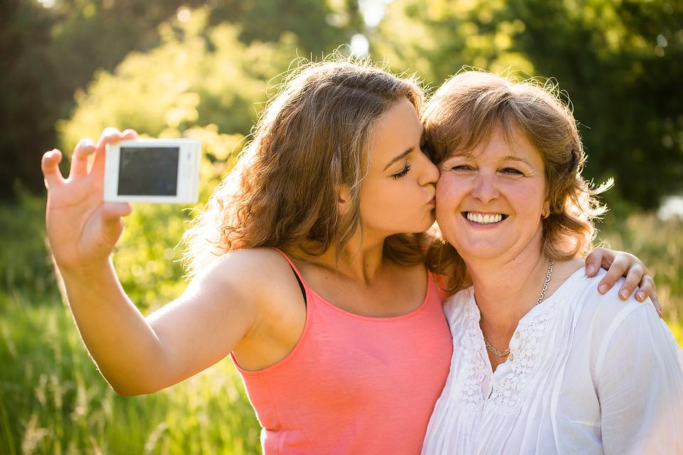 Technology Can Strengthen Relationships With Teens!  Here's How!