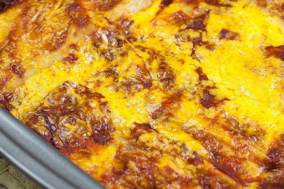 Tex-Mex Cheese & Ground Beef Enchiladas Recipe: How to Make Tex-Mex Enchiladas in Your Own Kitchen