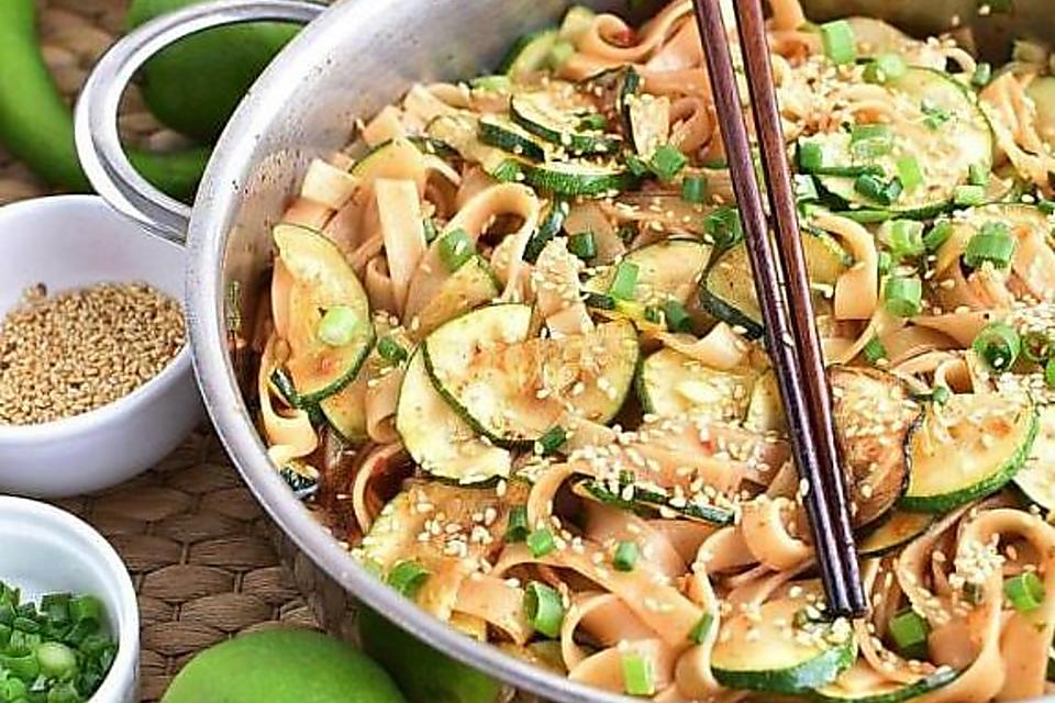 Thai Zucchini Noodles Recipe: This 15-Minute Zucchini Recipe With Pasta Is How to Use That Summer Squash