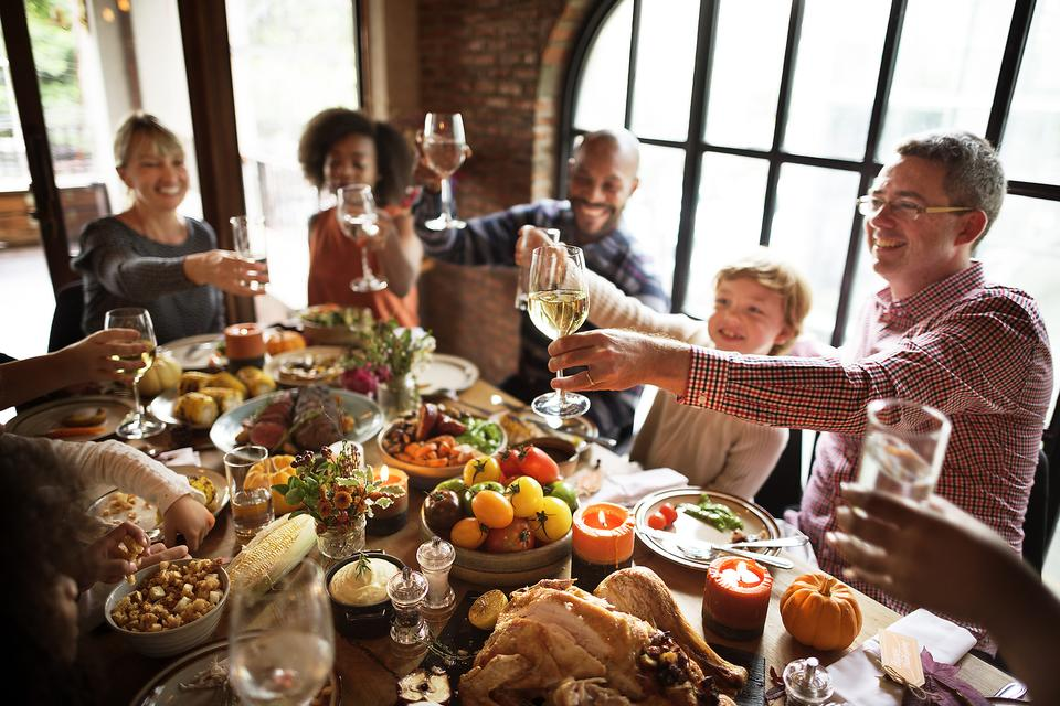 Thanksgiving Code Red: ​7 Strategies to Help Not Overindulge This Thanksgiving