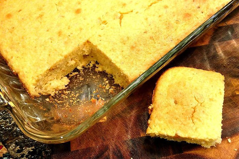 The Best Cornbread Recipe: This Is the Only Moist Cornbread Recipe You'll Ever Need