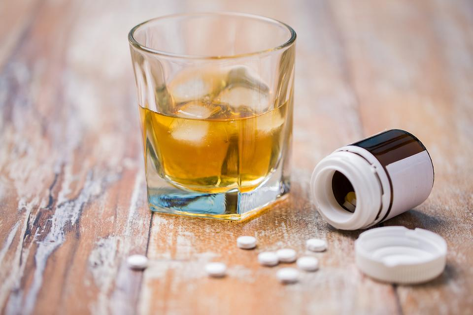Drug Interactions: The Dangers of Mixing Prescription & OTC Drugs With Alcohol