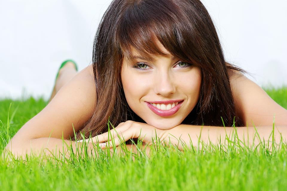 Non-Invasive Plastic Surgery: 5 Summer Beauty Tips From a Pro!