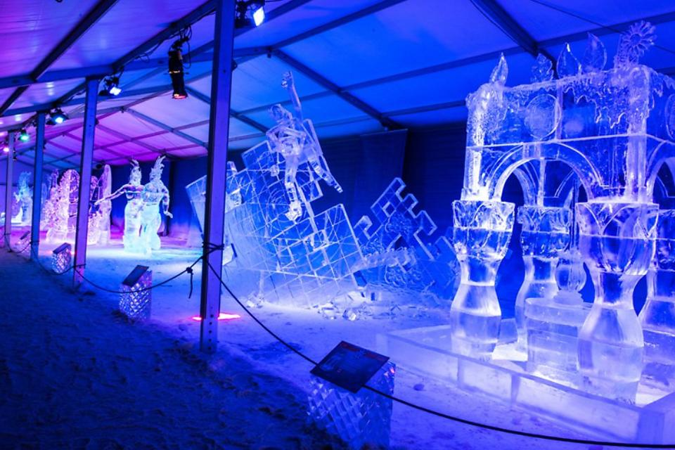 Ottawa's Winterlude Festival: Celebrate the Magic of Winter in Canada