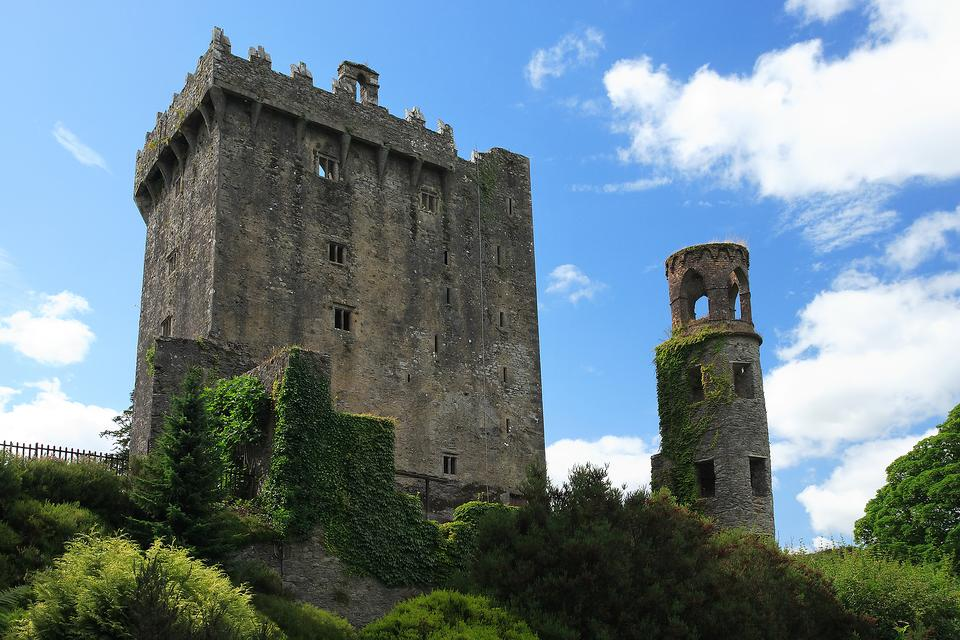 Kissing the Blarney Stone in Ireland: The Reality of This Irish Legend