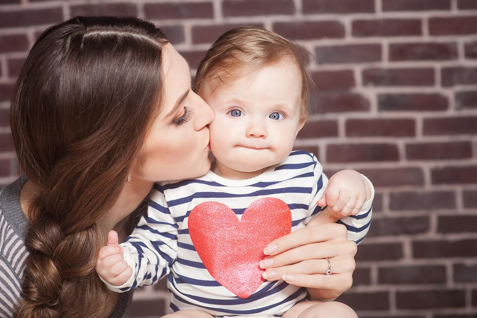 The Single Mom's Guide to Valentine's Day (Embrace It, Girl)!