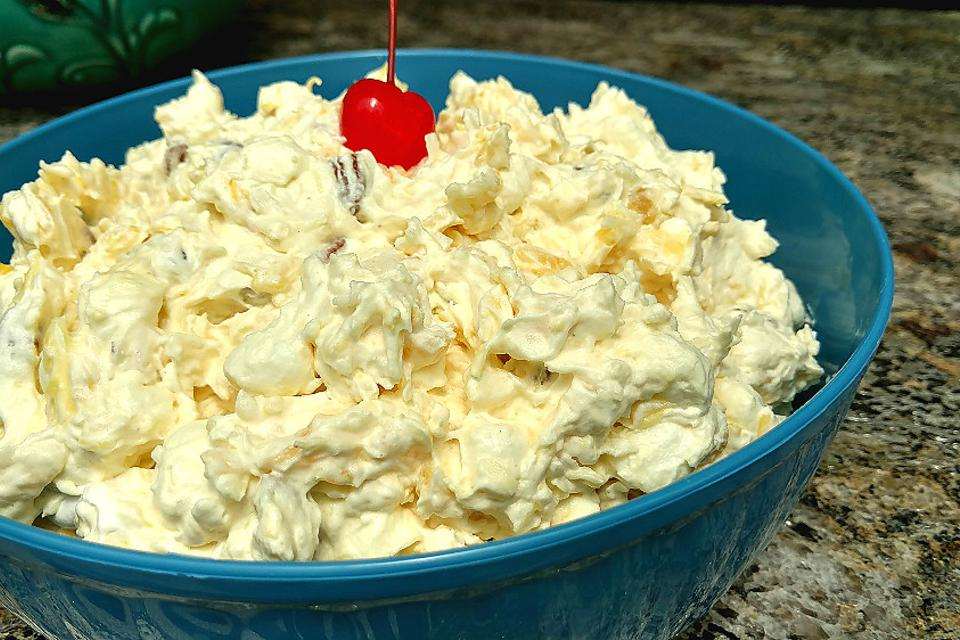 This Pina Colada Fluff Recipe Is Making Watergate Salad a Little Nervous