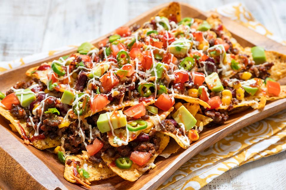 This Easy Sheet Pan Nachos Recipe Is Game Day Approved (Easy & Delicious)