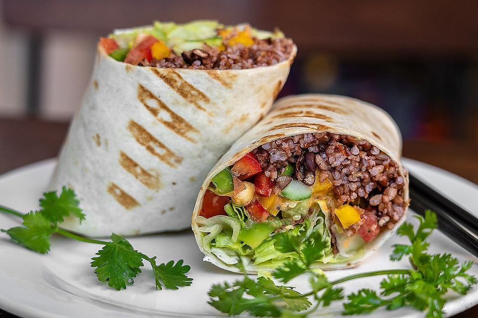This Lentil & Brown Rice Vegan Meat Recipe Isn't the Walnut Vegan Meat Blowing Up TikTok, But It's Viral Worthy