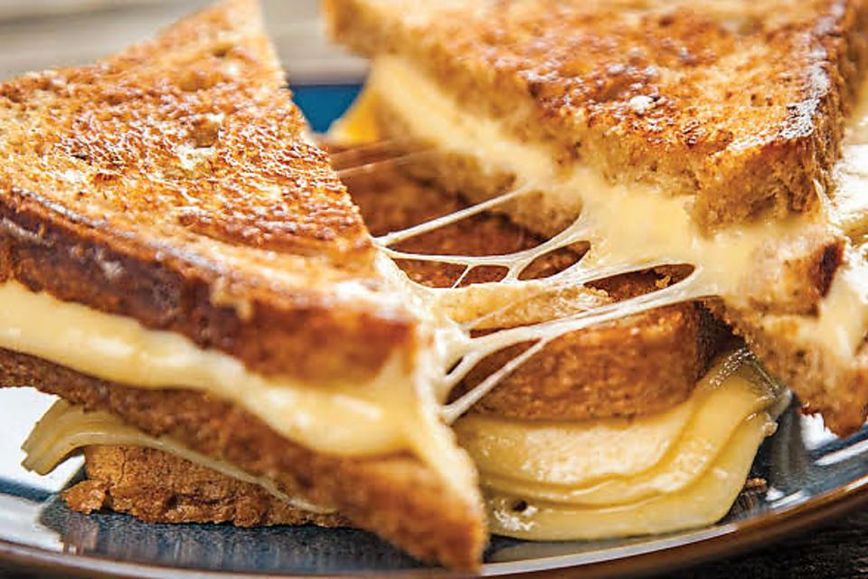 ​Time Out Chicago's Grilled Cheese Meltdown Is Coming to Town!