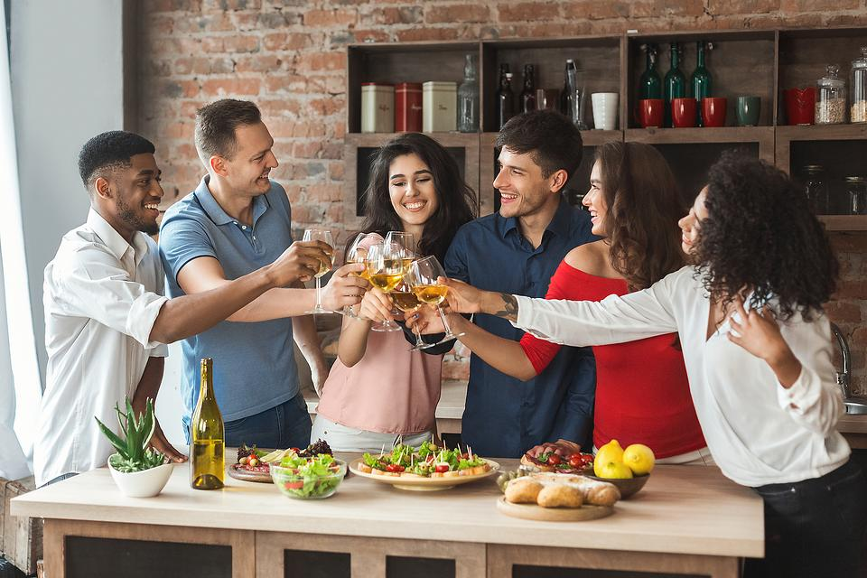 Time Out for Nutrition: 7 Ways to Keep Super Bowl® Sunday a Little Healthier From a Nutrition Specialist