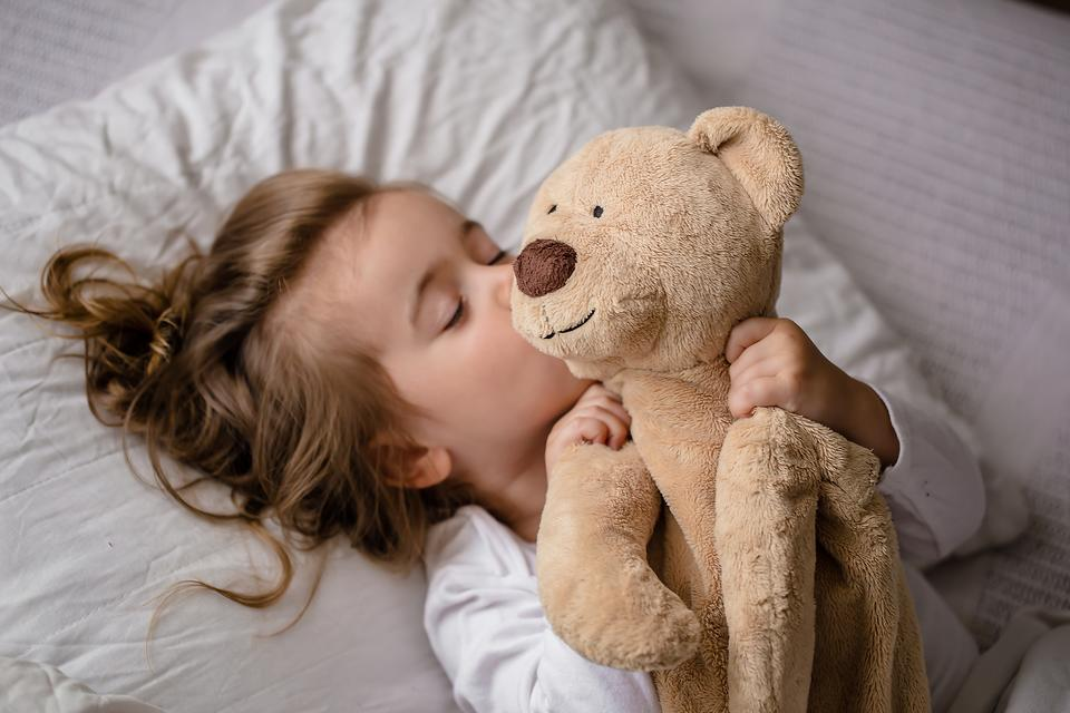 Time for Sleep: 3 Peaceful Activities to Calm Kids Before Bedtime