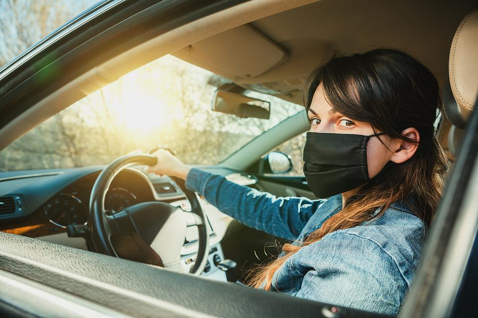 Shopping for Essentials During the Coronavirus Pandemic: 4 Tips for Running Errands Safely