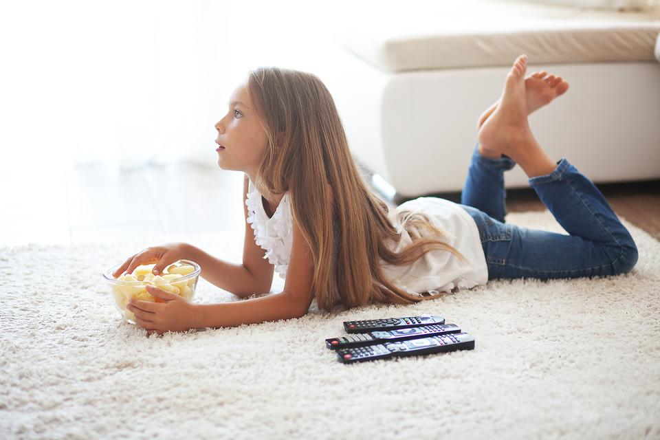 Too Much TV? 5 Reasons to Be Your Kid's Role Model & Turn It Off!