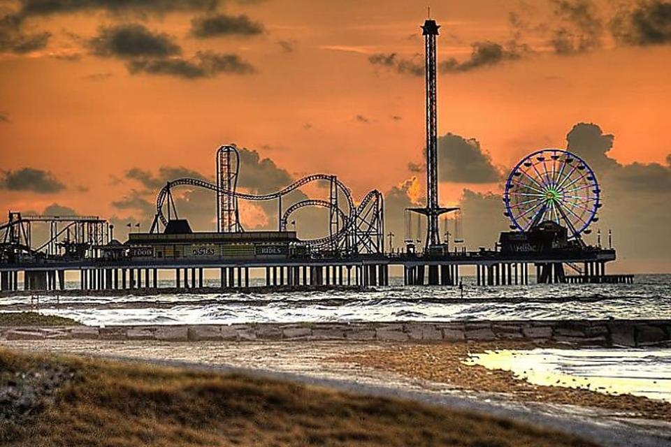 Galveston, Texas: Beaches, Museums, Rides & 'Ritas (Fun for the Whole Family)!