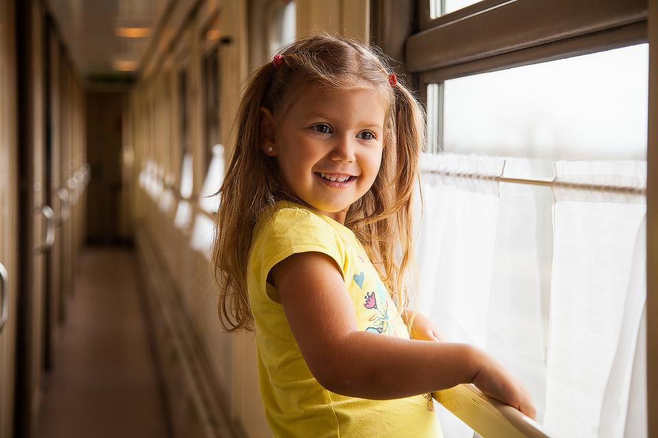 Train Travel for Families: For a Relaxing, Stress-free Family Vacation Consider Traveling By Train!