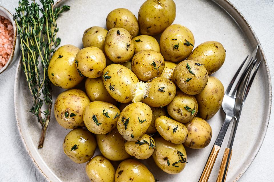 Truffled New Potatoes Recipe: Aromatic Thyme Truffle Potatoes Are a Flavor Explosion
