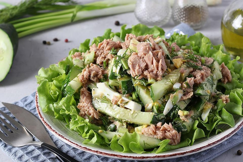 No-Cook Recipes: This Cucumber & Tuna Salad Recipe With a Lemony Dressing Is Dinner Done Light