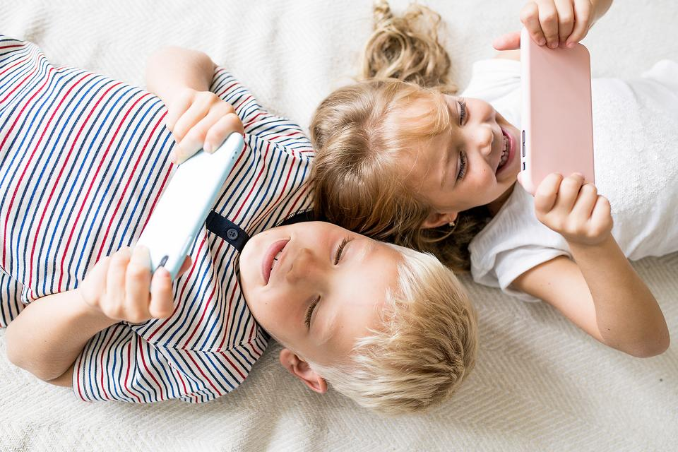 Using Screen Time for Learning: ​8 Ways Parents Can Choose the Best Learning Apps for Kids