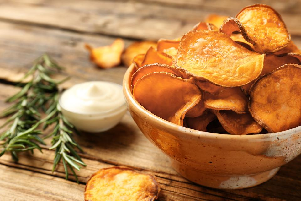 Healthy Baked Potato Chips Recipe: You Won't Be Able to Eat Just One