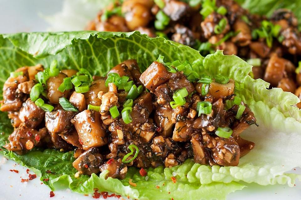 Vegetarian Lettuce Wraps Recipe: This Vegetarian & Vegan Mushroom & Tofu Lettuce Wraps Recipe Will Make You Live for Meatless Monday   Vegetarian   30Seconds Food