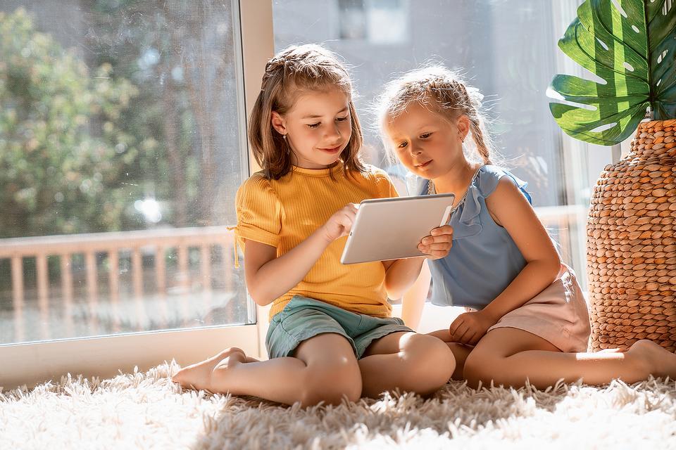 Video Games, Social Media & Websites: 8 Ways to Help Keep Kids Safe While Online