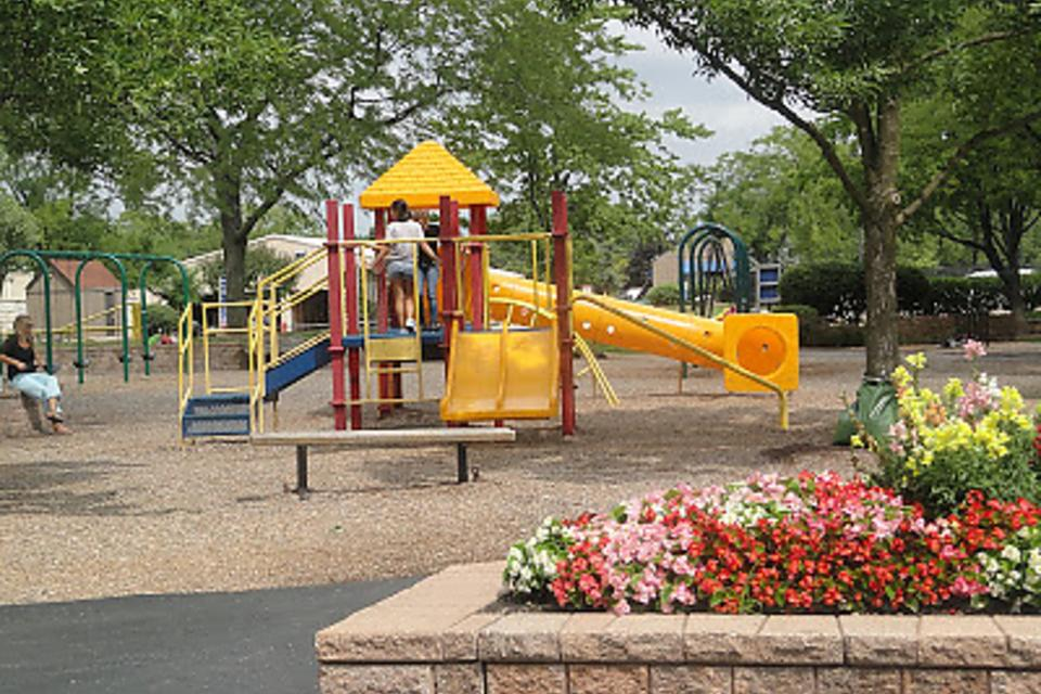 Warren Township Park Near Gurnee, Illinois, Is a Great Park for Kids!