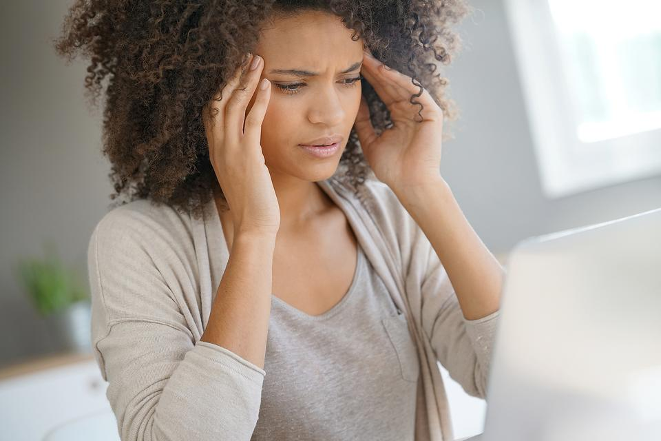 Headaches: 4 Symptoms That May Mean It's Something More!