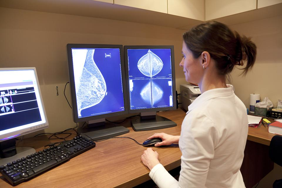 Breast Changes: When Should Women Worry About Breast Changes? Find Out!