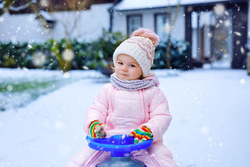Why I Loathe Snow Days: A Mom's Reflection on the Dreaded Snow Day Call
