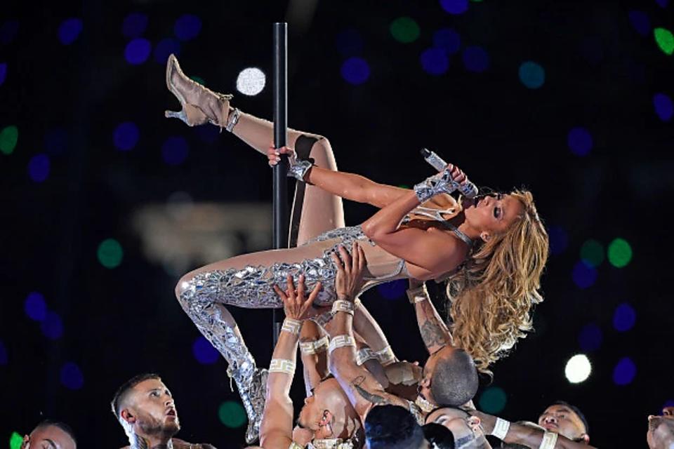 Jennifer Lopez & Shakira Debate: 3 Reasons Why I Loved the 2020 Super Bowl® Halftime Show
