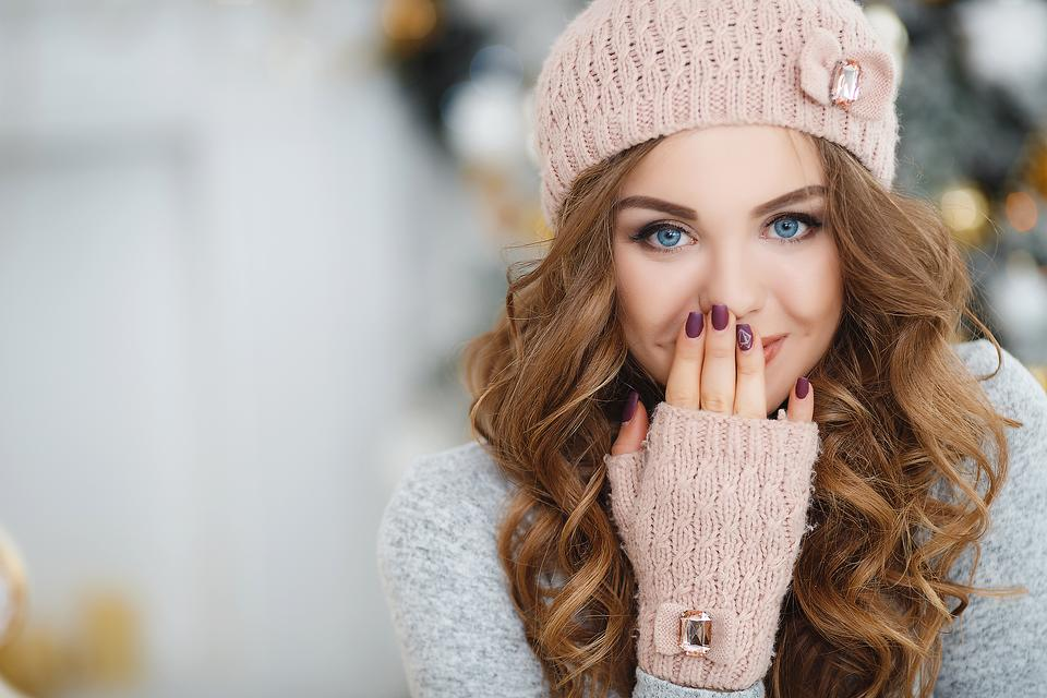 Winter Nail Health: 7 Tips to Keep Nails Healthier During Cold-Weather Months