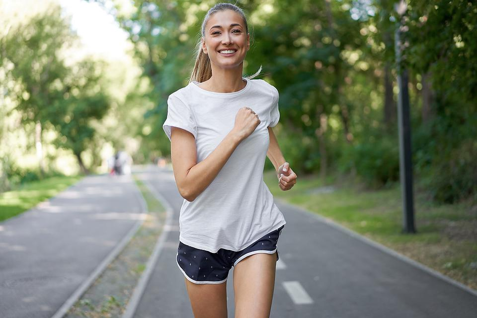 Women's Health Week: 5 Simple Health Tips for Women of All Ages From a Nutritionist